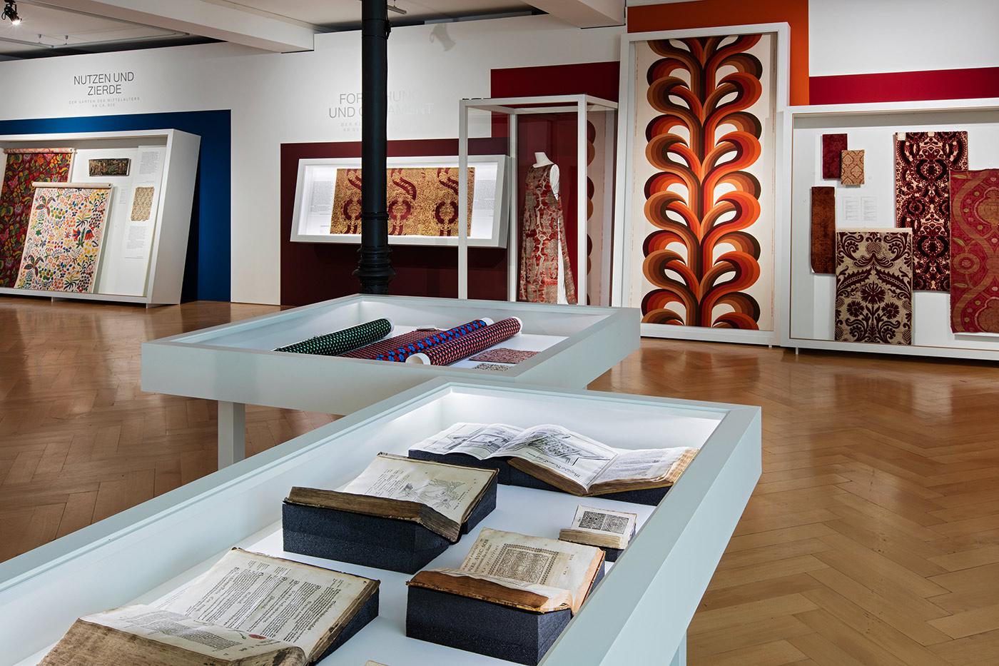 Szenografie-Szenografieren-Ausstellungsgestaltung-Bernhard-Duss